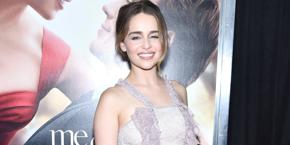 """NEW YORK, NY - MAY 23: Actor Emilia Clarke attends """"Me Before You"""" World Premiere at AMC Loews Lincoln Square 13 theater on May 23, 2016 in New York City. (Photo by Dimitrios Kambouris/Getty Images)"""