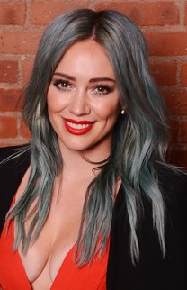 Hilary Duff: Blue hair, don't care!