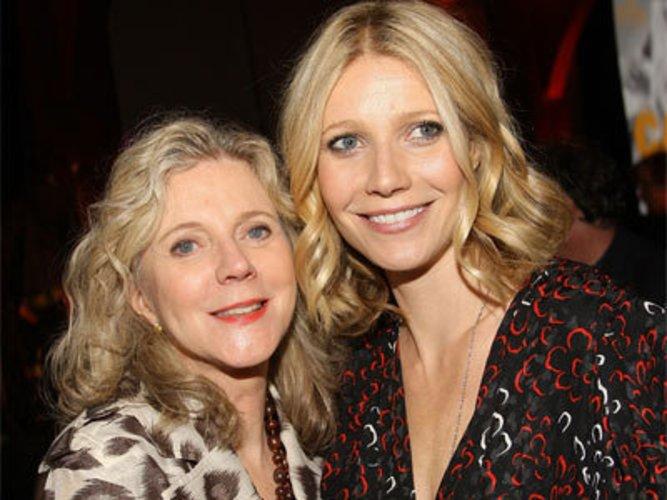 Gwyneth Paltrow und Blythe Danner sind Schauspielerinnen und Mutter und Tochter