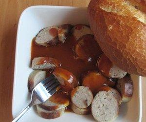 Currywurst-Soße a La Grilltempel für Rostbratwürstchen