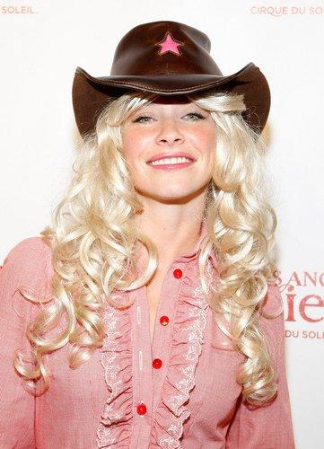 2008 überrascht Evangeline Lilly mit blonden Haaren