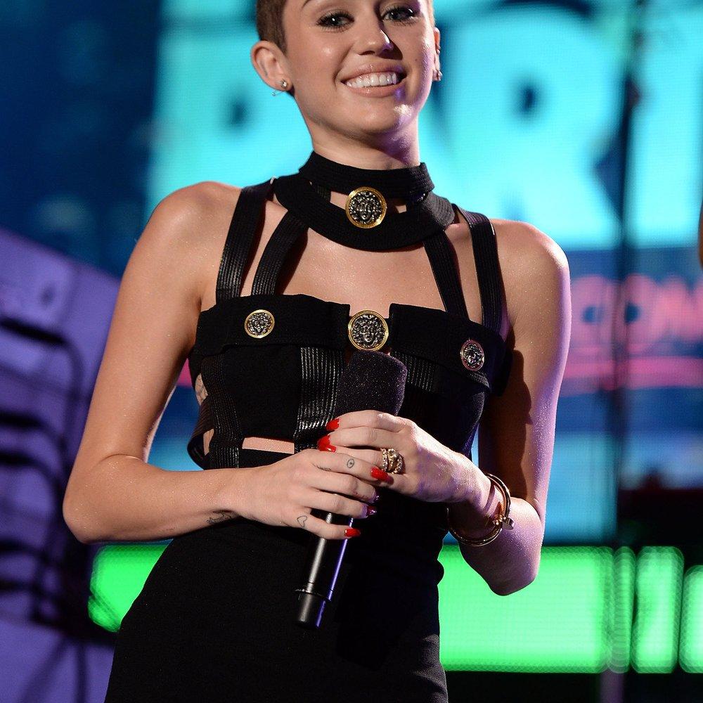 Miley Cyurs: Enrique Iglesias möchte mit ihr singen