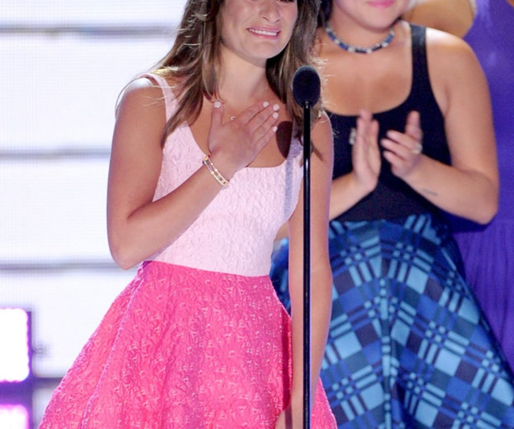 Lea Michele auf der Bühne der Teen Choice Awards 2013