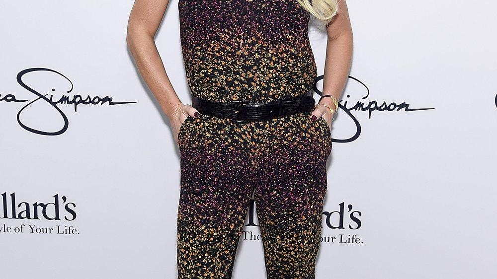 Jessica Simpson hat die Haare ab