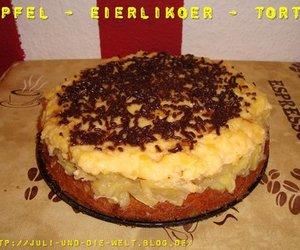 Apfel-Eierlikör-Torte