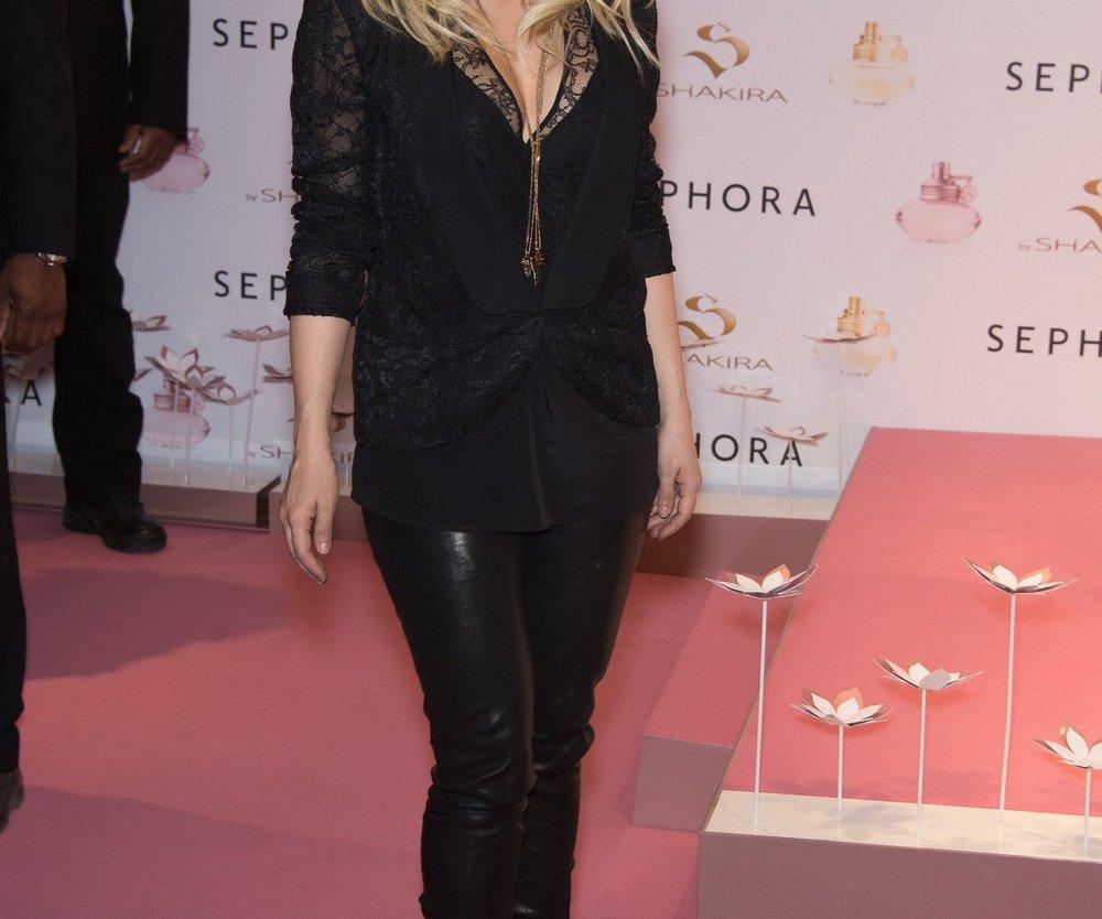 Shakira soll kurvig bleiben