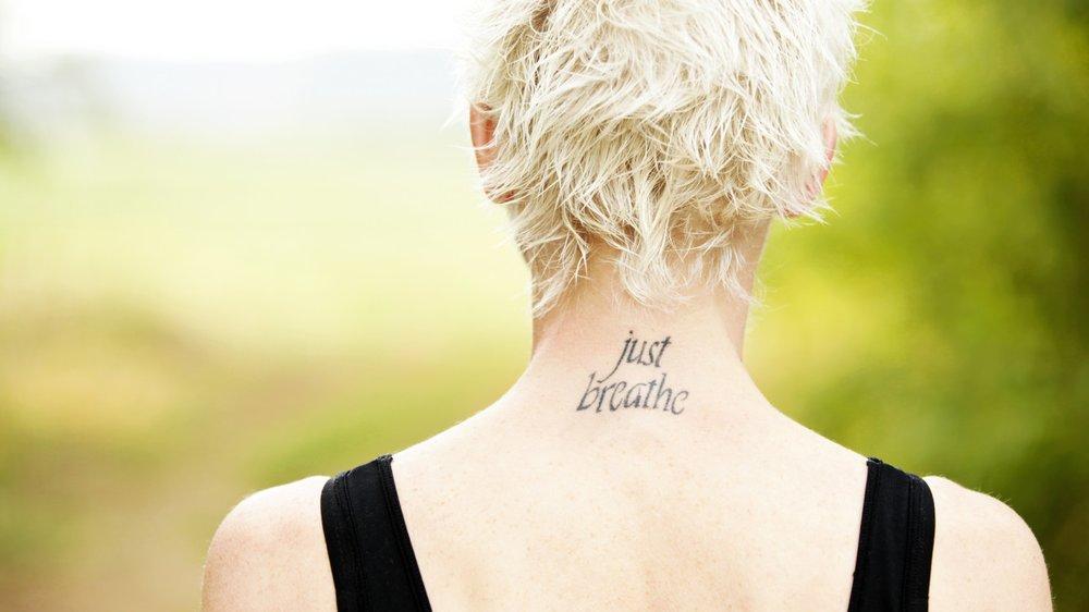 Tattoo Schriftarten Gestalte Deinen Schriftzug Desired De
