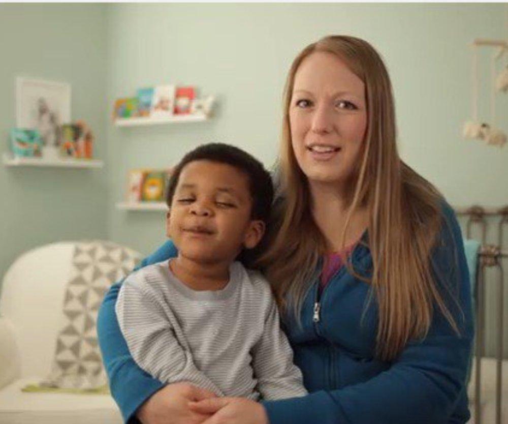 Viral Video bringt Eltern zum Lachen und rührt sie zu Tränen