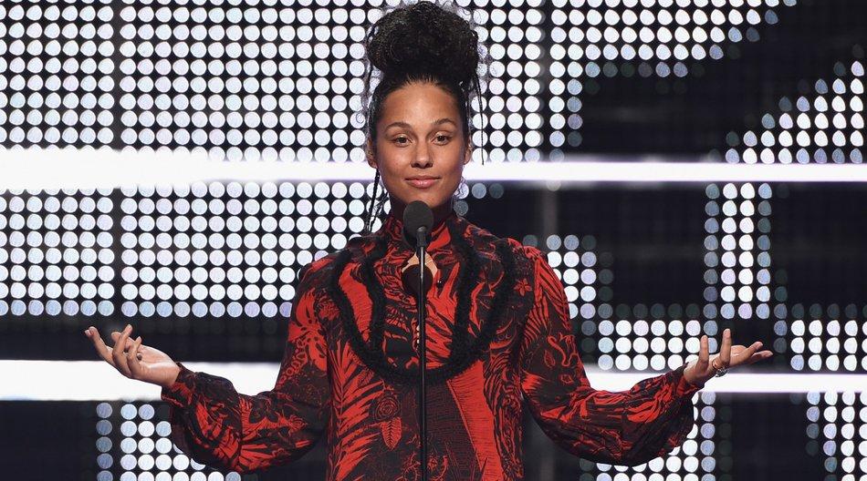 Alicia Keys no make-up