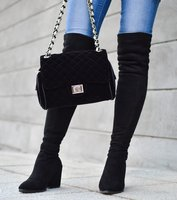 Overknees mit Jeans