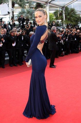 Bar Refaeli kommt 2011 zur Premiere von 'The Beaver' in Cannes.