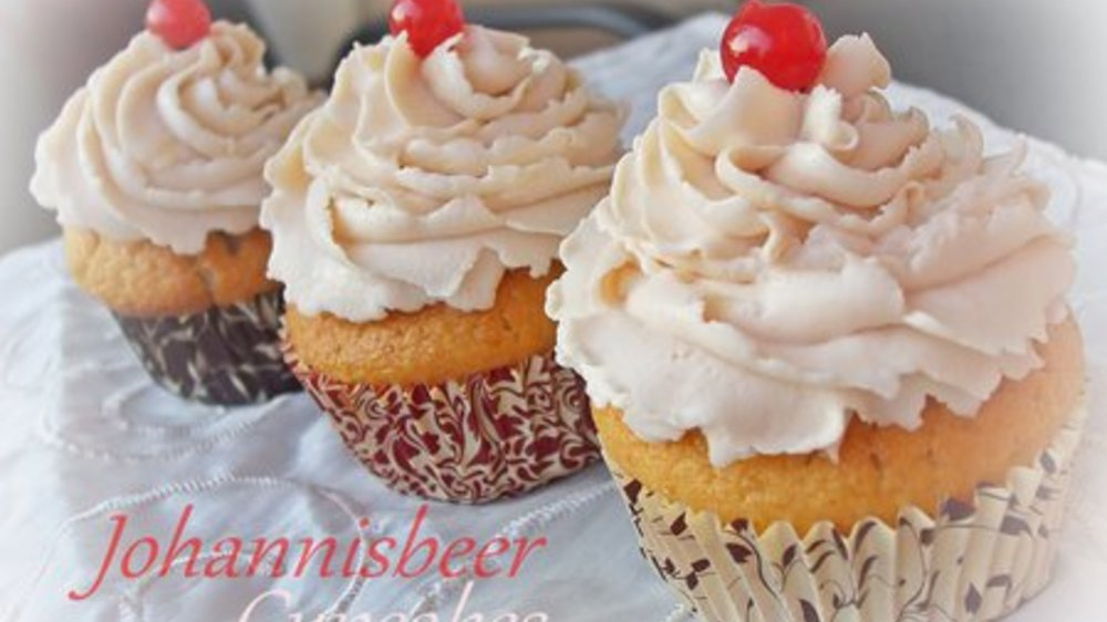 Johannisbeer-Cupcakes I