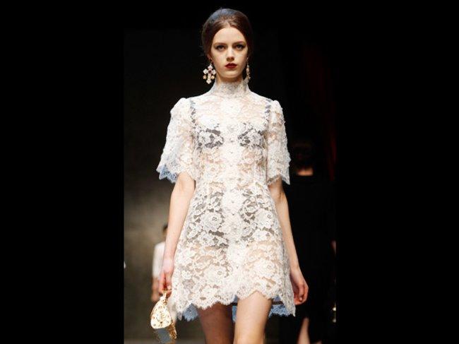 Weinrote Lippen bei Dolce&Gabbana