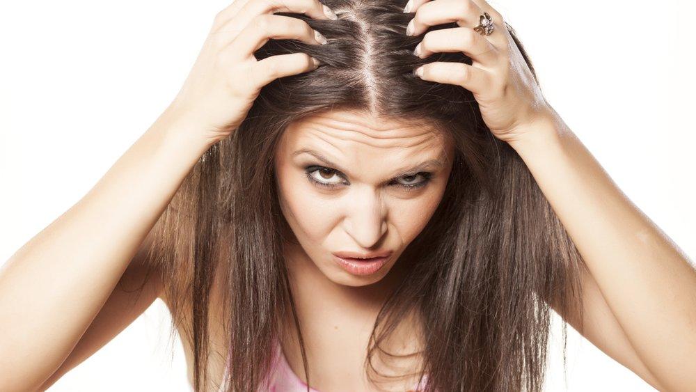 Was tun gegen trockene Kopfhaut