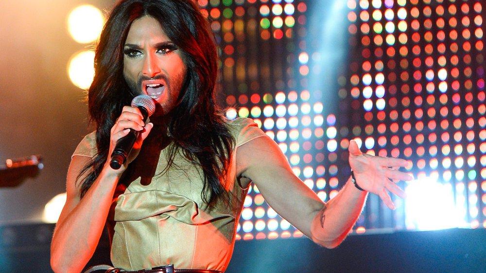 """Conchita Wurst präsentiert ihre neue Single """"Heroes"""""""