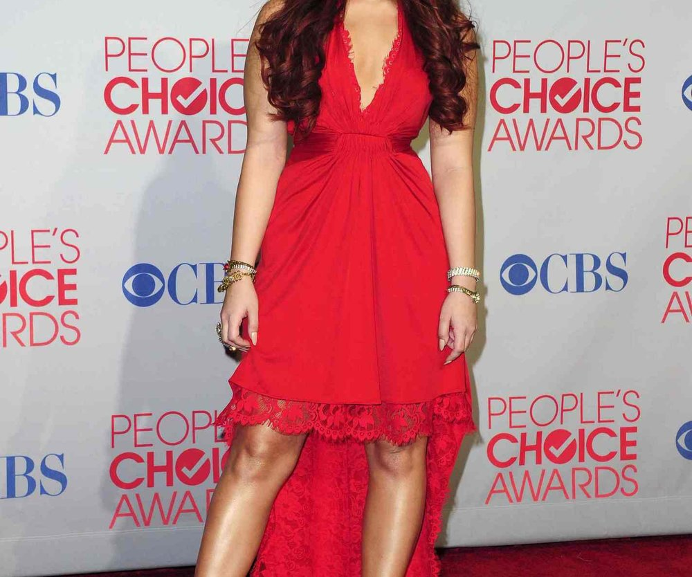 Demi Lovato schlägt gern Dinge kaputt