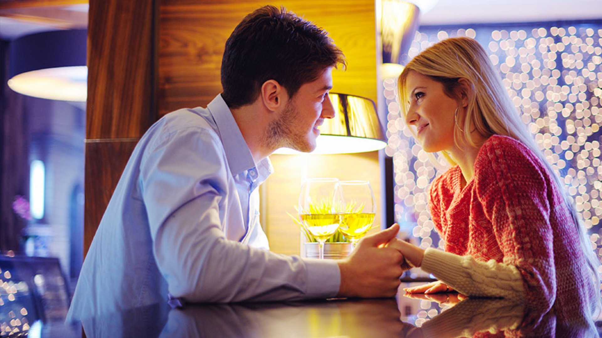 creați un cont de dating online)