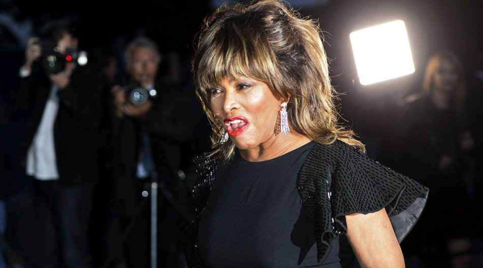 Bald sollen die Glocken läuten: Tina Turner will am Wochenende ihren langjährigen Partner Erwin Bach heiraten.