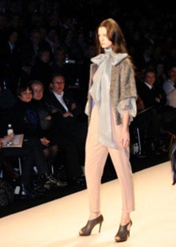 Mercedez Benz Fashion Week Berlin 2009 startet mit dem Label Schumacher. Fashion Trends für die Winterkollektion werden vorgestellt.