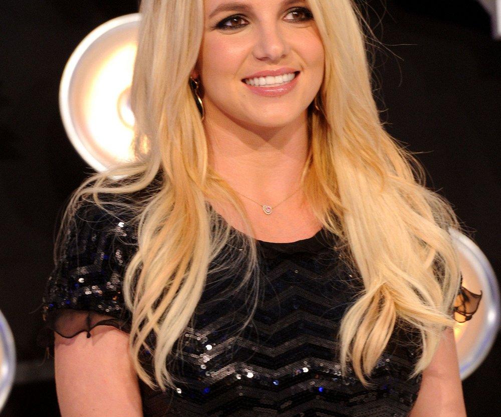 Britney Spears braucht Hilfe