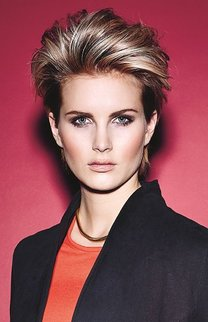 Fransiger Pixie Cut mit Tolle