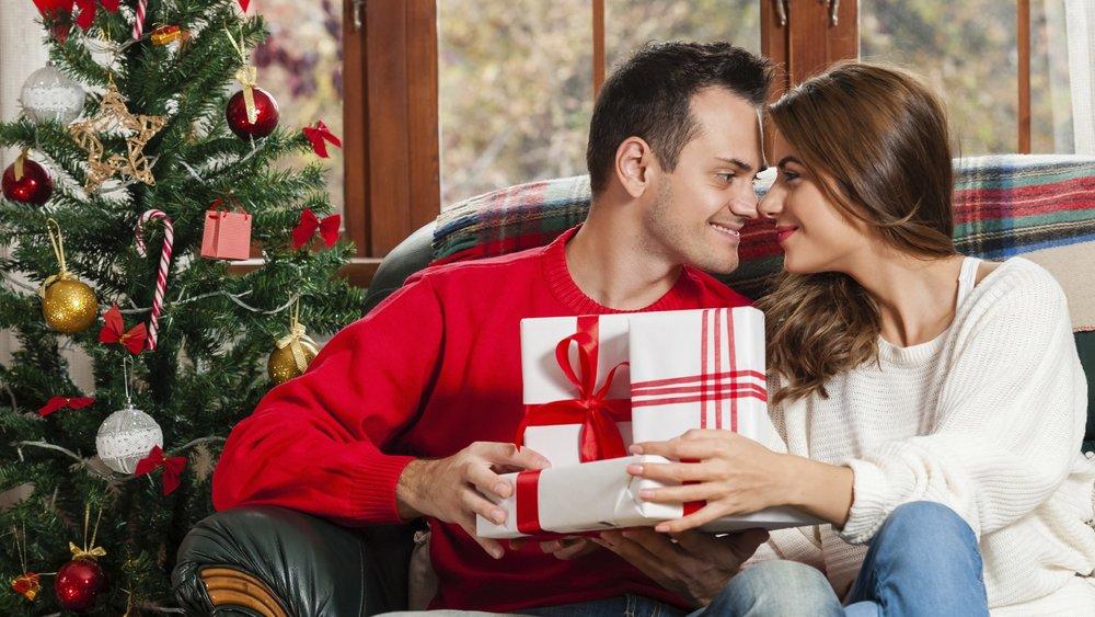 Weihnachtsgeschenke für Freund2_iStock_VladTeodor