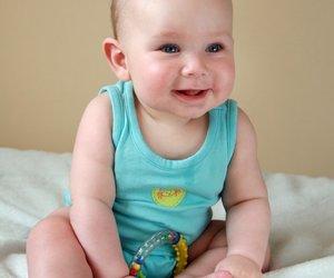Entwicklung Baby: Siebter bis neunter Monat