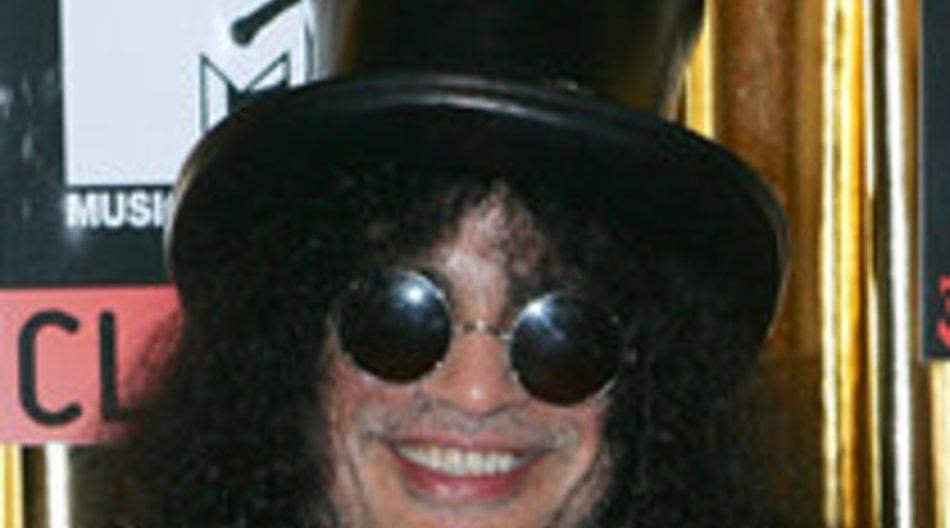Slash: Von Fan angesprungen - Gitarre kaputt!