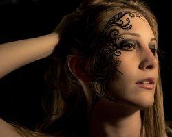 Gesicht Tattoo