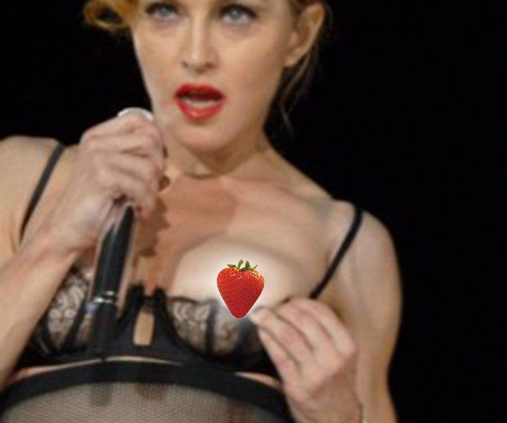 Madonna: Neuer Striptease-Auftritt sorgt für einen riesen Skandal