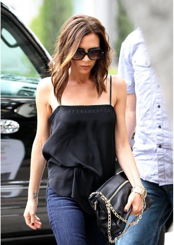 Victoria Beckham Mit Neuer Frisur Top Story Desired De