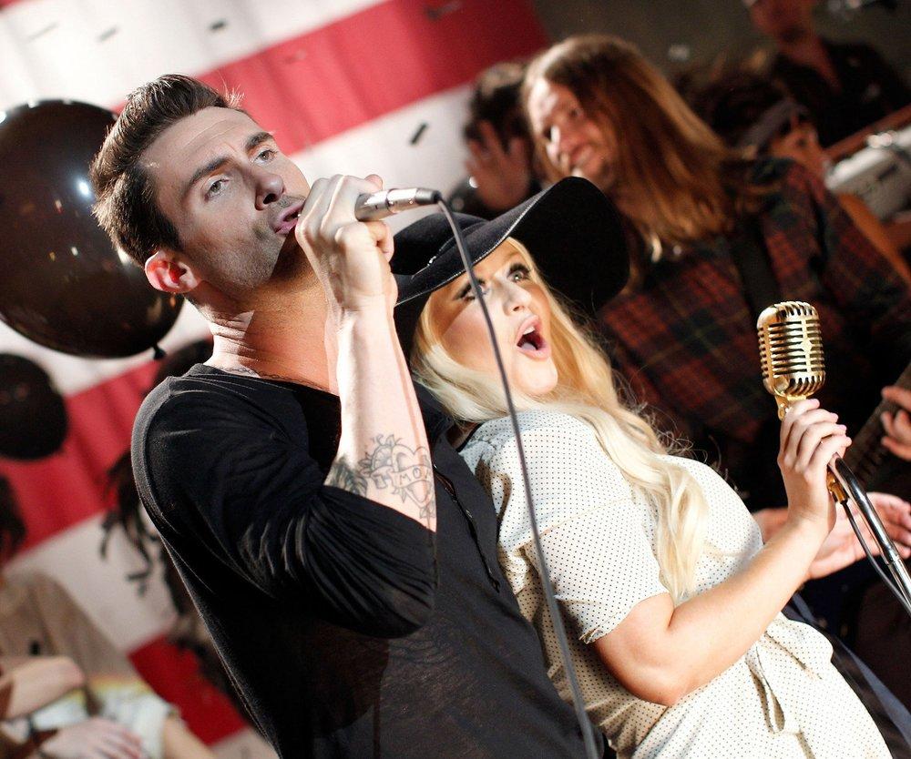 Christina Aguilera steht auf Adam Levine?