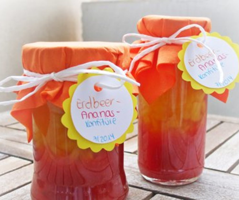 Erdbeer-Ananas-Konfitüre