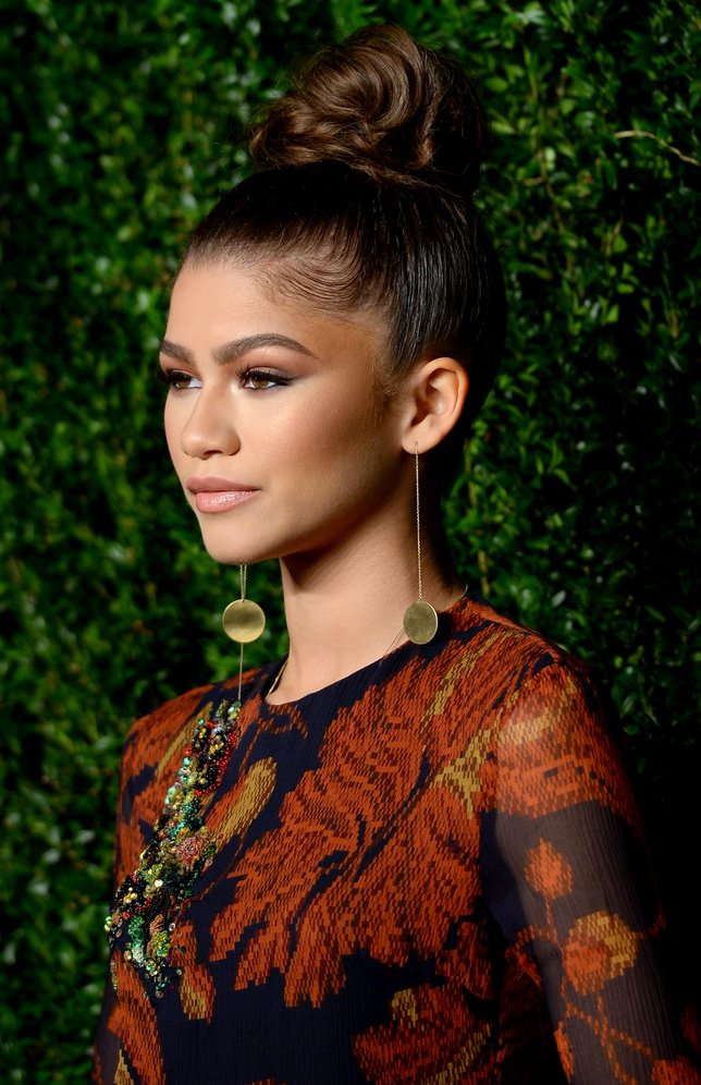 NEW YORK, NY - NOVEMBER 02:  Zendaya attends the 12th annual CFDA/Vogue Fashion Fund Awards at Spring Studios on November 2, 2015 in New York City.  (Photo by Andrew Toth/Getty Images)