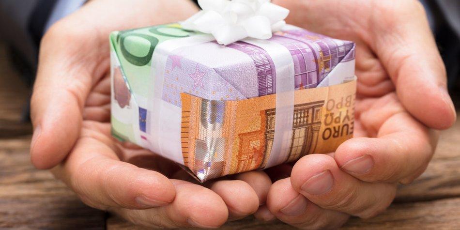 Geldgeschenke Zur Hochzeit Originell Verpacken 7 Ideen Desired De