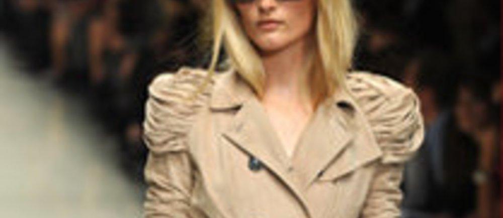 Burberry 2010: Elegantes Highlight auf der Fashion Week London