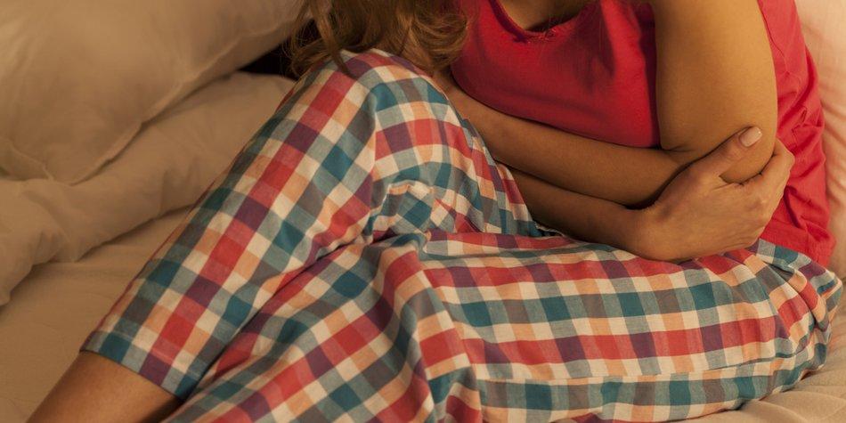 Unterleibsschmerzen eine Woche vor der Periode