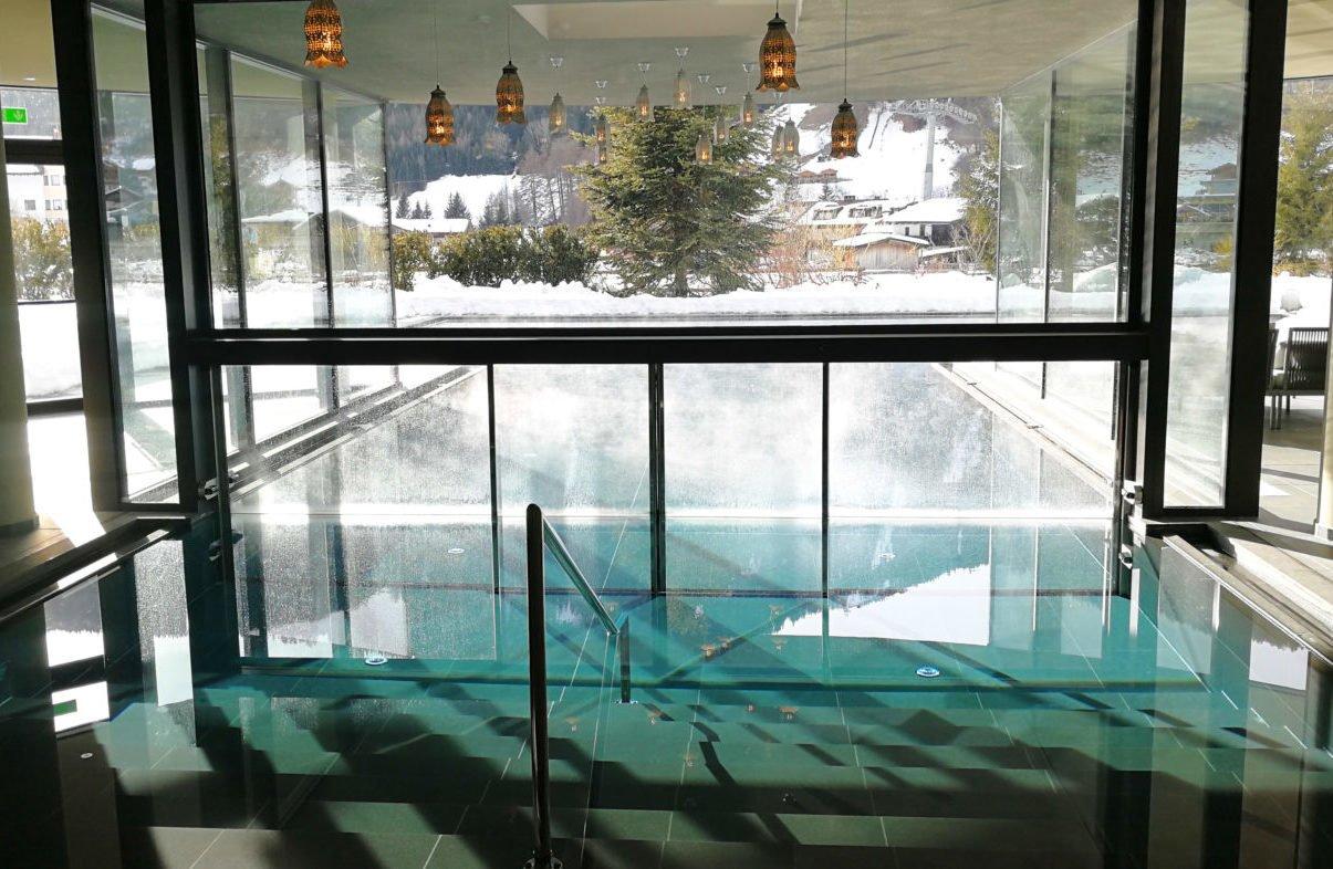 Infinity Pool Silena
