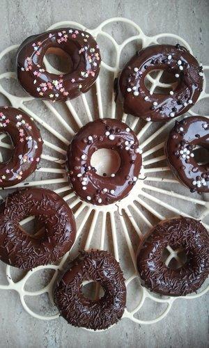 kunterbunte donuts selber machen. Black Bedroom Furniture Sets. Home Design Ideas