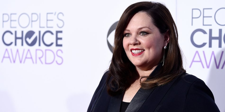 LOS ANGELES, CA - JANUARY 07: Actress Melissa McCarthy attends The 41st Annual People's Choice Awards at Nokia Theatre LA Live on January 7, 2015 in Los Angeles, California. (Photo by Frazer Harrison/Getty Images for The People's Choice Awards)