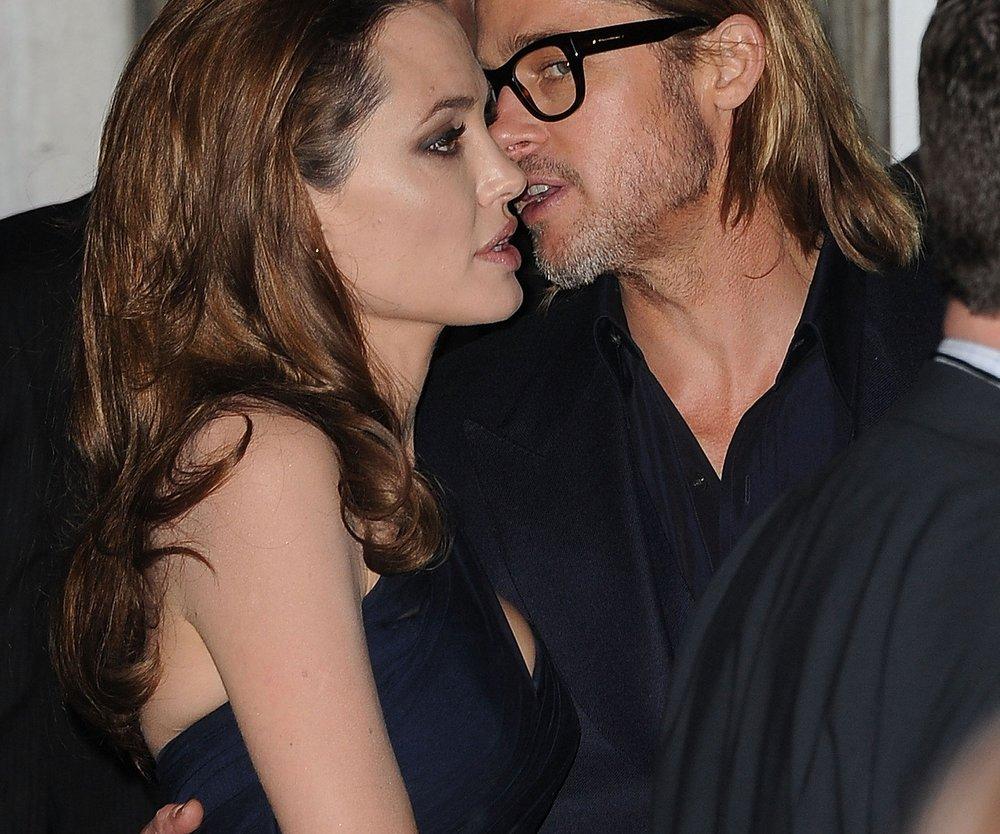 Angelina Jolie beweist Humor