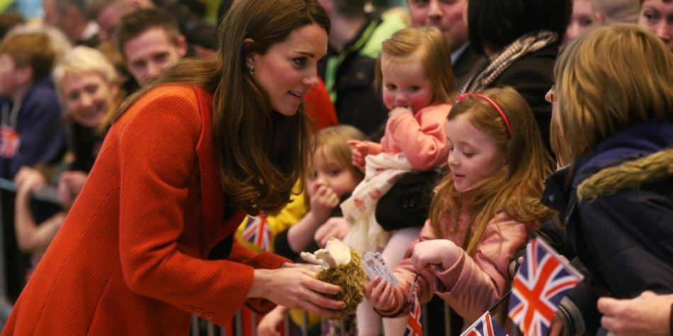 Kate Middleton: Ihre alten Kleider passen noch!