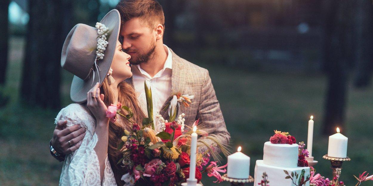 Fur Die Braut Die Sich Traut Romantische Hochzeitsfrisuren Mit