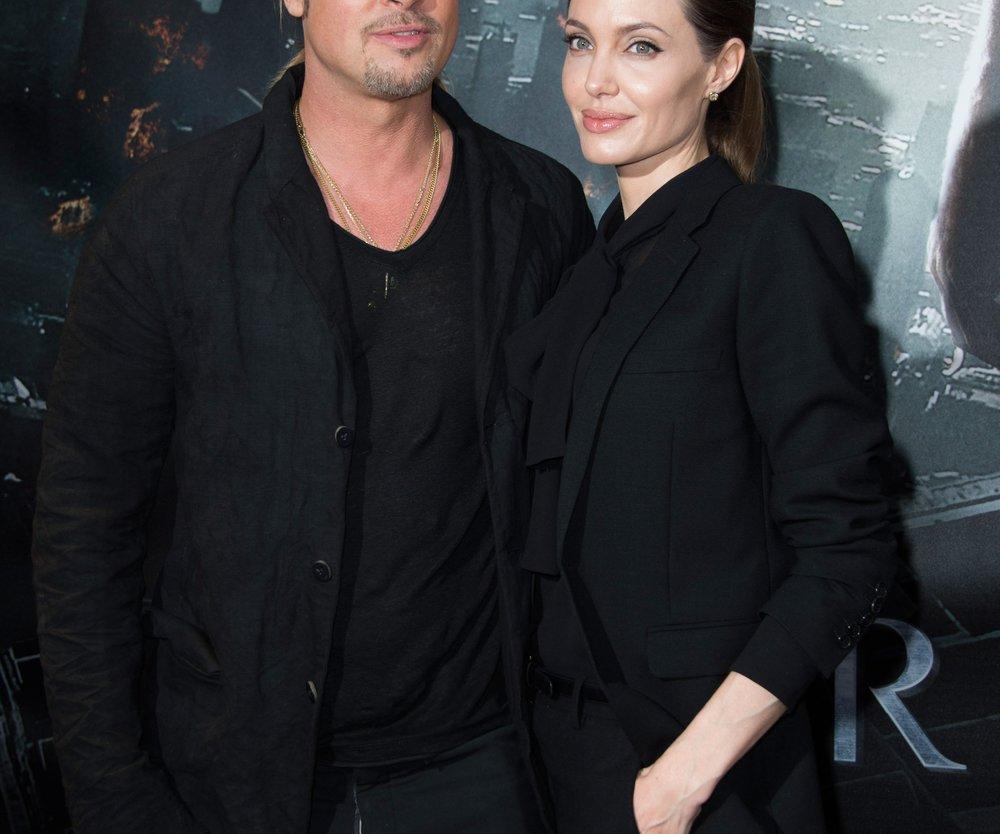 Angelina Jolie und Brad Pitt entspannen auf Malta