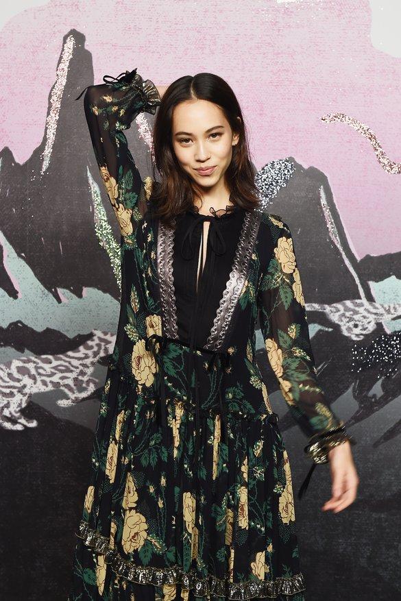 Kiko Mizuhara model coach fashion show