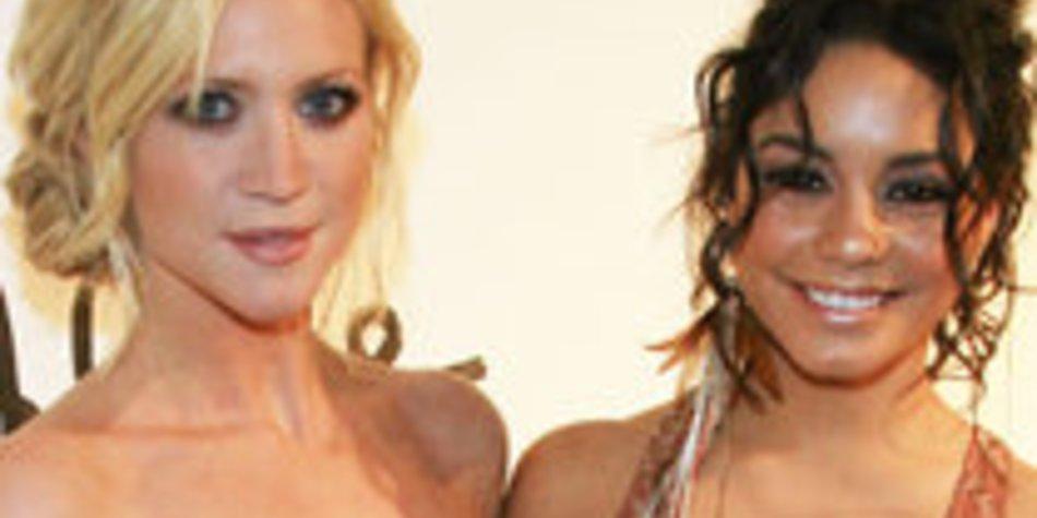 Vanessa Hudgens: Date mit Brittany Snow am Valentinstag!