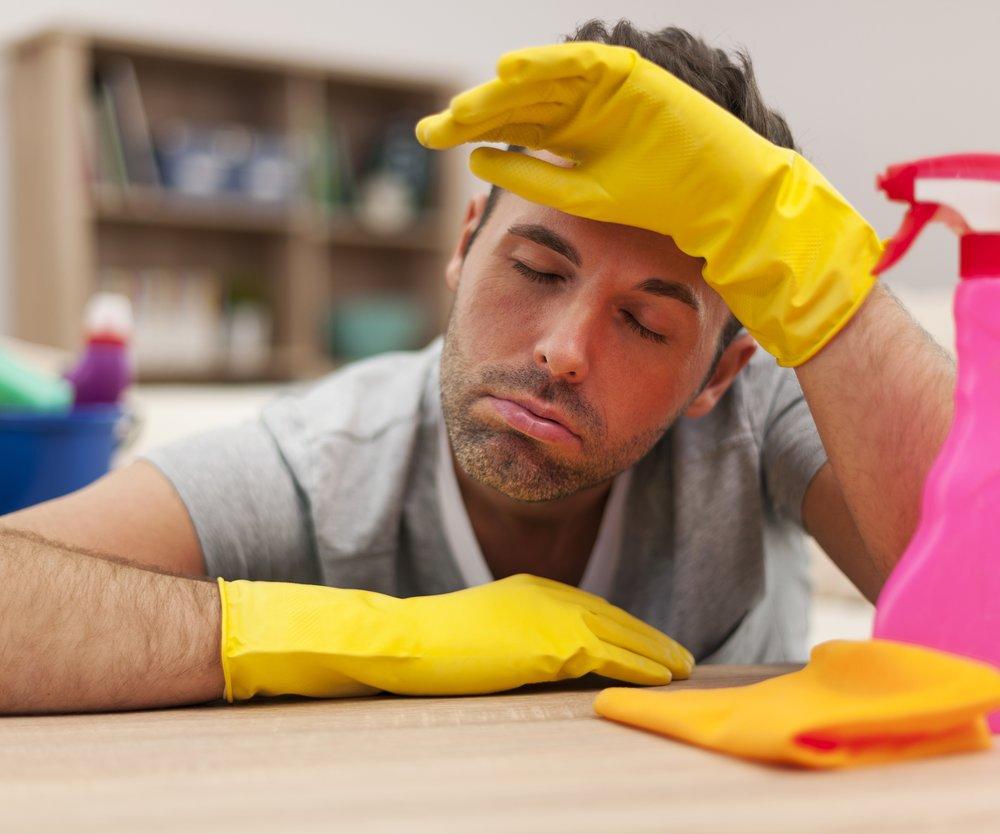 Putzen für Männer gefährlich