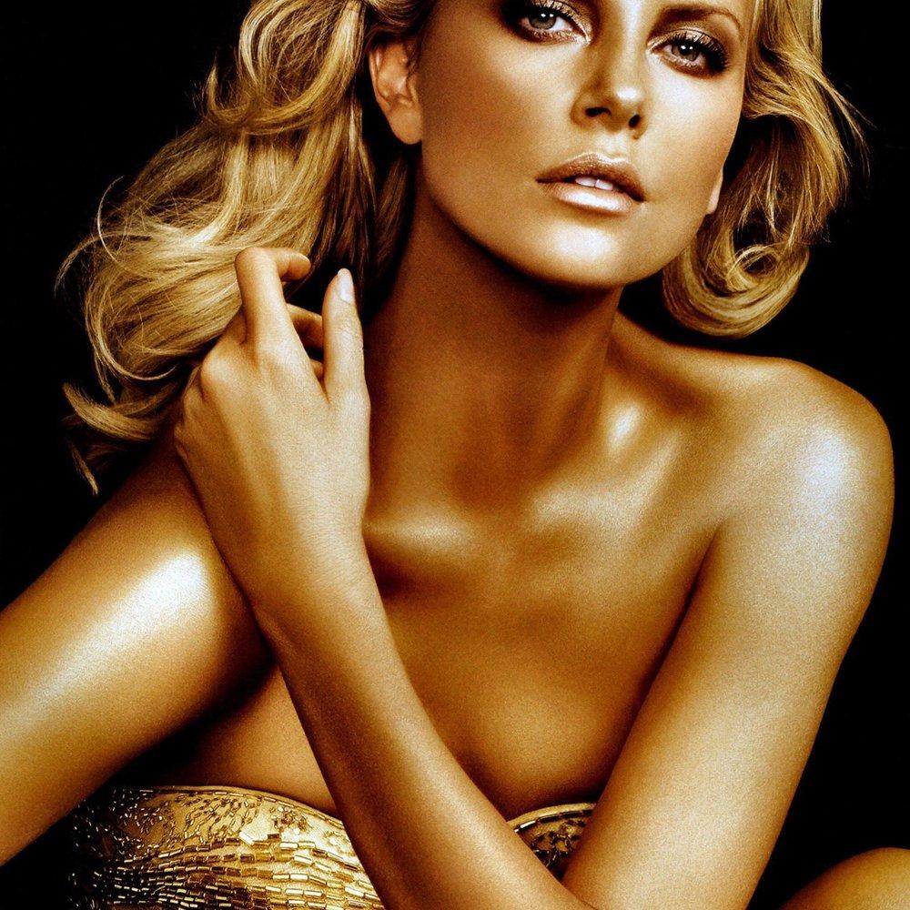 Charlize Theron: Schnappt ihr Scarlett Johansson den Dior-Deal weg