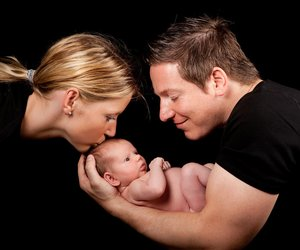Entwicklung Baby: Erster bis dritter Monat
