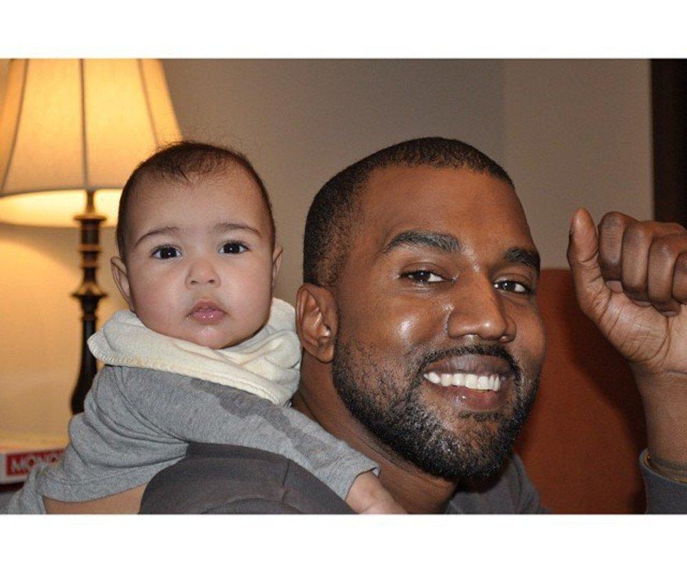 Kanye West wechselt nicht gerne Windeln